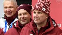 Jānis Ozols ir īpašu cepuri Phjončhanā  Foto: Romāns Kokšarovs, olimpiadeF64.lv