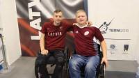 Dmitrijs Valainis (no kreisās) un Oļegs Garkuls-Gurevičs. Foto: Latvijas Paralimpiskā komiteja