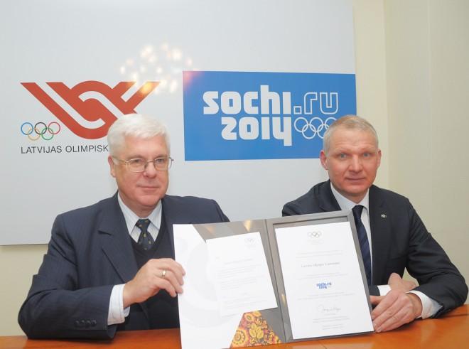 Latvija saņem oficiālu ielūgumu piedalīties Soču olimpiskajās spēlēs (+foto)
