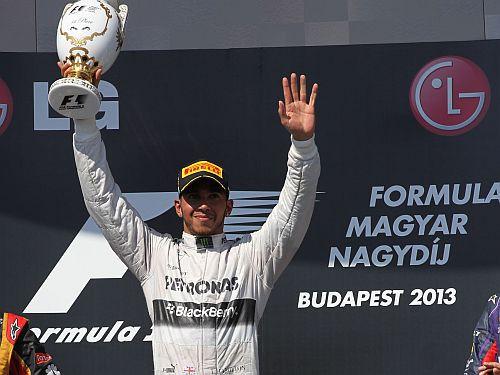 F1 statistika: Hamiltonam tagad tikpat daudz uzvaru, cik Deimonam Hilam