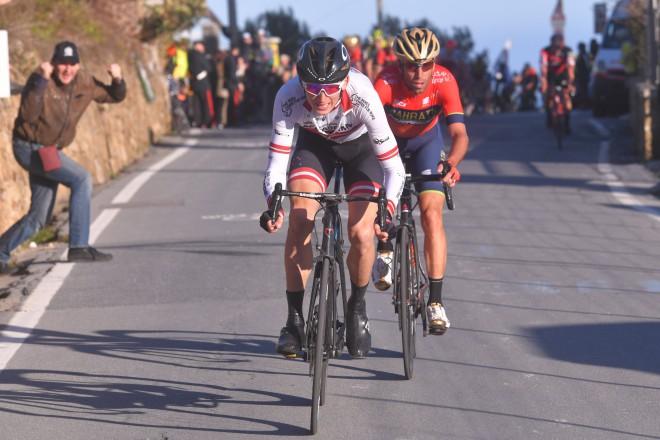 "Neilandam 30.vieta ""Giro d'Italia"" 11. posmā"