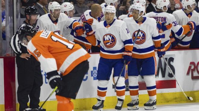 Arī KHL zvaigzne Kovāržs nespēj nostiprināties NHL