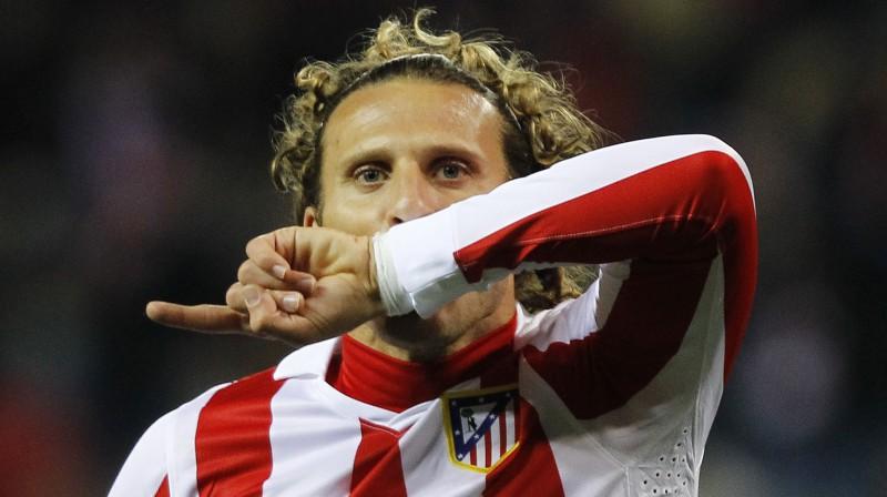 """Madrides """"Atletico"""" un Urugvajas valstsvienības līderis Djego Forlans bija viens no spilgtākajiem spēlētājiem futbola laukumos 2010. gadā. Foto: AP."""