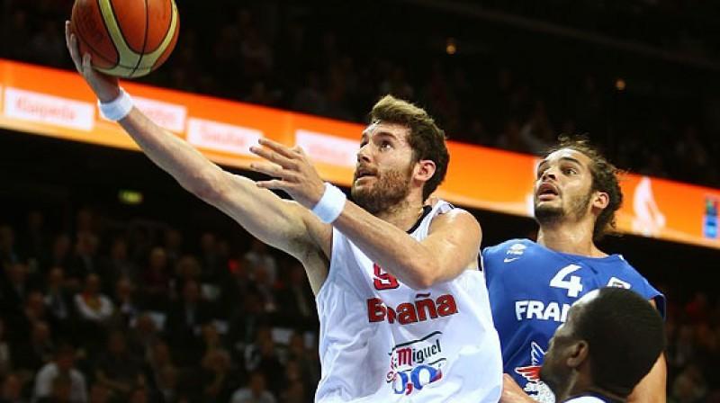"""EuroBasket 2009 un EuroBasket 2011 čempions Rūdijs Fernandess spēlē ar Franciju """"Žalgirio Arena"""" Kauņā Foto: www.fibaeurope.com Castoria/Matthaios"""