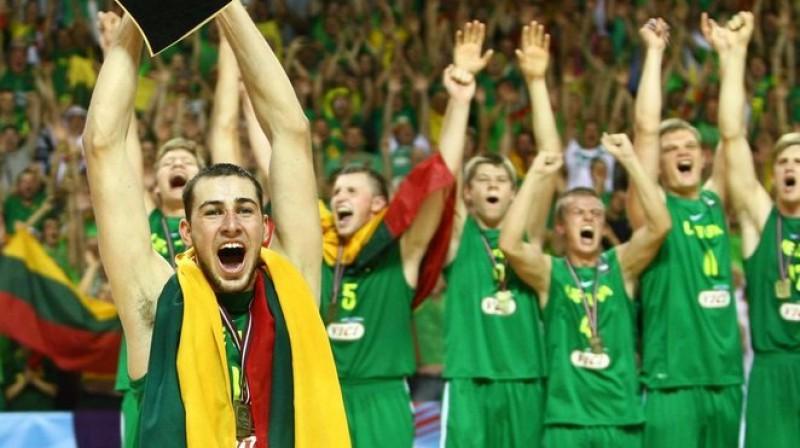 Lietuviešu triumfs 2011. gada FIBA U19 Pasaules čempionātā Latvijā Foto: Lietuvos rytas