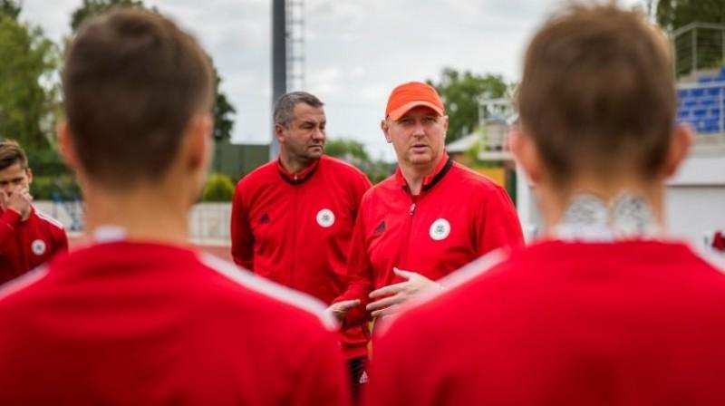 U17 izlases galvenais treneris Igors Stepanovs. Foto: LFF