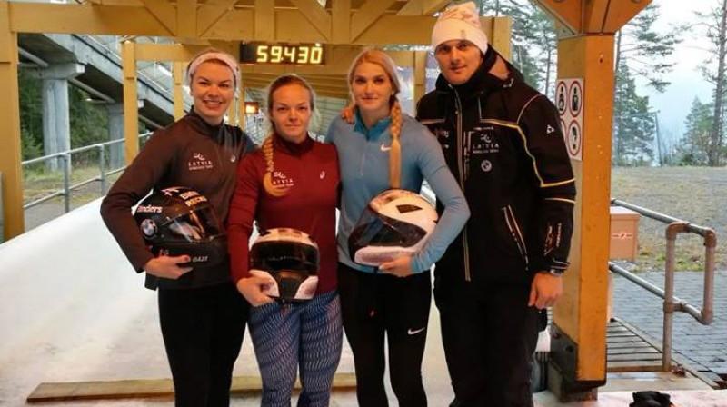 Latvijas monobobsleja komanda Lillehammerē. Foto no A. Grabustes Facebook profila