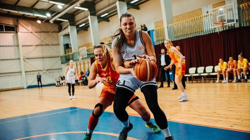 Ilze Gotfrīda: 22 punkti un 13 atlēkušās bumbas uzvarā pār Šauļu universitāti. Foto: Basket.lv