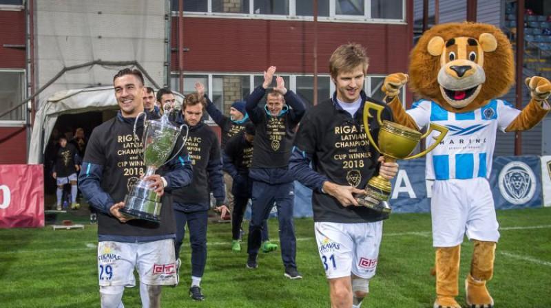 """Aizvadītās sezonas Virslīgas čempione """"Riga FC"""". Foto: Zigismunds Zālmanis/Riga FC"""