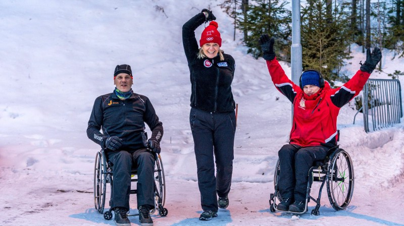 Alvils Brants (no kreisās), trenere Vita Kotāne un Artūrs Klots. Foto: Ģirts Kehris