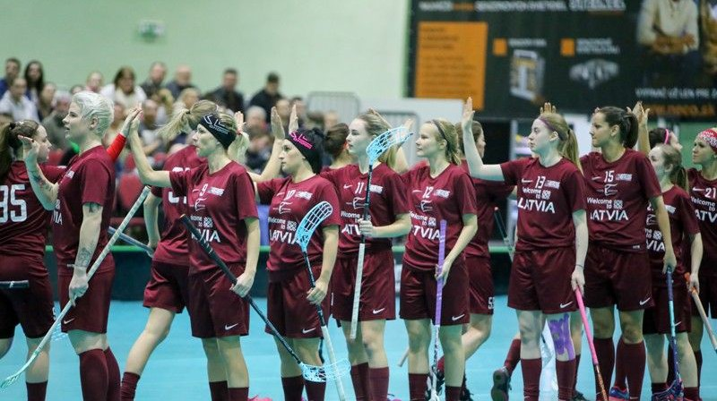 Latvijas sieviešu florbola izlase. Foto: Ritvars Raits, floorball.lv