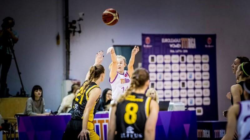 Elizabete Bulāne: 13 punkti un septiņas piespēles izbraukuma uzvarā pār Jelgavu. Foto: Renārs Koris