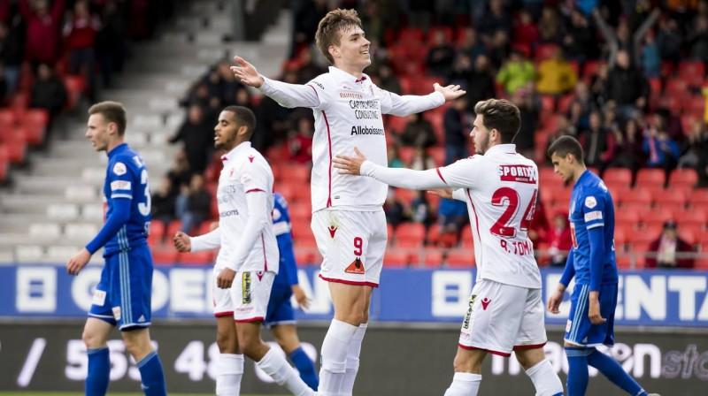 Roberts Uldriķis (nr. 9). Foto: FC Sion