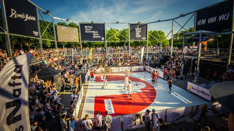 """Latvijas 3x3 basketbola centrs - """"Ghetto Basket"""" Kolizejs Grīziņkalnā. Publicitātes foto"""
