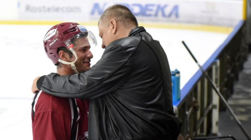 Lauris Dārziņš un Guntars Paste. Foto: Romāns Kokšarovs/F64