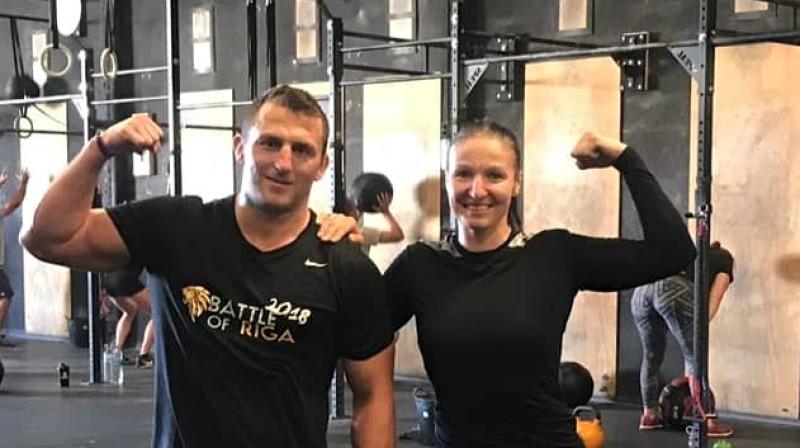 Armands Zvirbulis un Anastasija Grigorjeva. Foto: CrossFit Mallorca