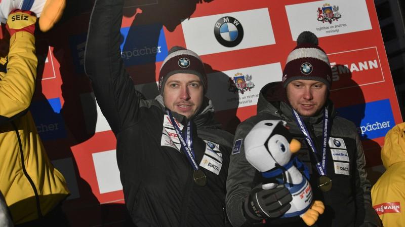 Andris (no kreisās) un Juris Šici. Foto: Romāns Kokšarovs/f64