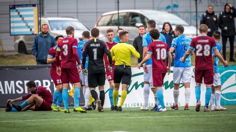 """Asumi """"Riga"""" un """"Jelgava"""" spēlē. Foto: Zigismunds Zālmanis (Riga FC)"""