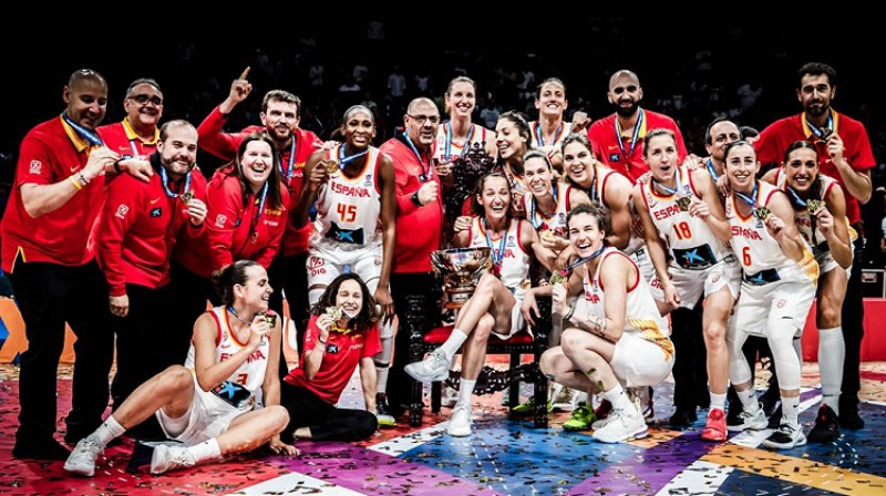 Laja Palau un Spānija: ceturtais Eiropas tituls. Foto: FIBA