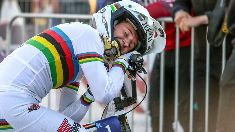 Laura Smuldersa pēc uzvaras Eiropas čempionātā Valmierā. Foto: Jānis Līgats