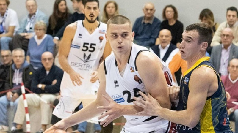 Andrejs Gražulis: 22 punkti, četri bloķēti metieni un panākums pagarinājumā. Foto: Derthona Basket