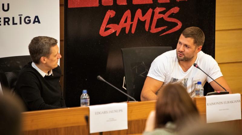 Edgars Jaunups (no kreisās) un Raimonds Elbakjans preses konferencē. Publicitātes foto