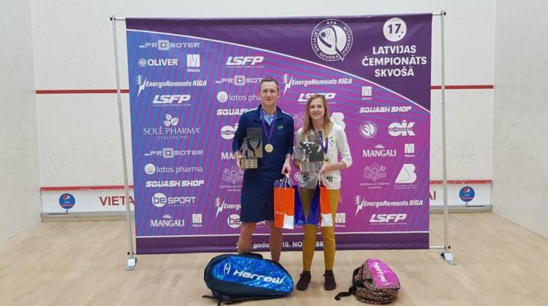 Latvijas čempioni Aleksandrs Pāvulāns un Baiba Lulle. Foto: corpmedialv.wordpress.com