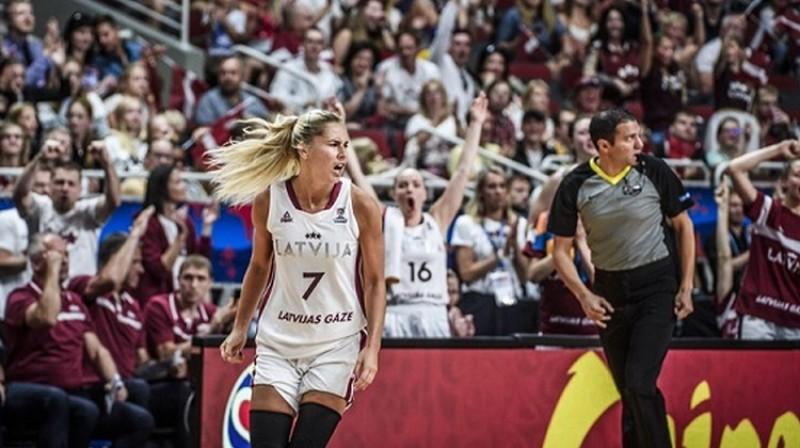 Elīna Dikeulaku valstsvienībā aizvadījusi 114 spēles. Foto: Mikus Kļaviņš/Romāns Kokšarovs