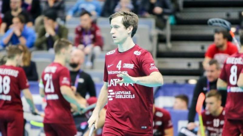 Latvijas izlases spēlētājs Morics Krūmiņš. Foto: Ritvars Raits, floorball.lv
