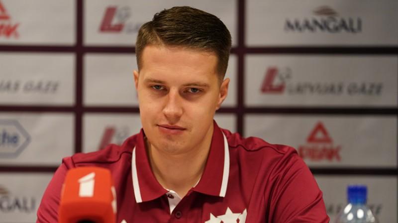 Mārtiņš Gulbis. Foto: Romāns Kokšarovs/f64