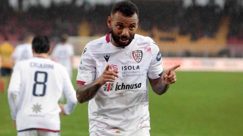 """""""Cagliari"""" futbolists Žuau Pedru. Foto: Marco Lezzi/AP/Scanpix"""