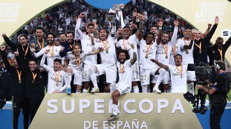 """Madrides """"Real"""" ar Spānijas Superkausu. Foto: Reuters/Scanpix"""