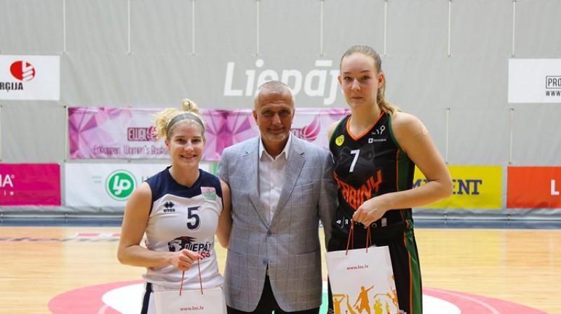 Igo Zanders 2020. gada 10. janvārī ar Meganu Rozenbomu (Liepāja/LSSS) un Justinu Matužoniti (Žabiny Brno). Foto: Ģirts Gertsons