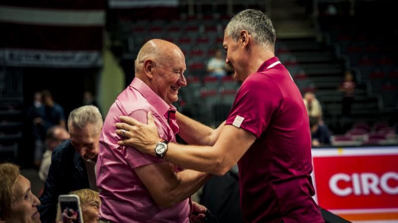 Jānis Zeltiņš un Ainars Bagatskis. Foto: basket.lv