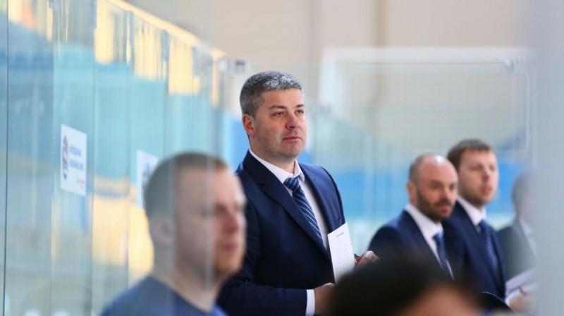 Leonīds Tambijevs. Foto: hcadmiral.ru