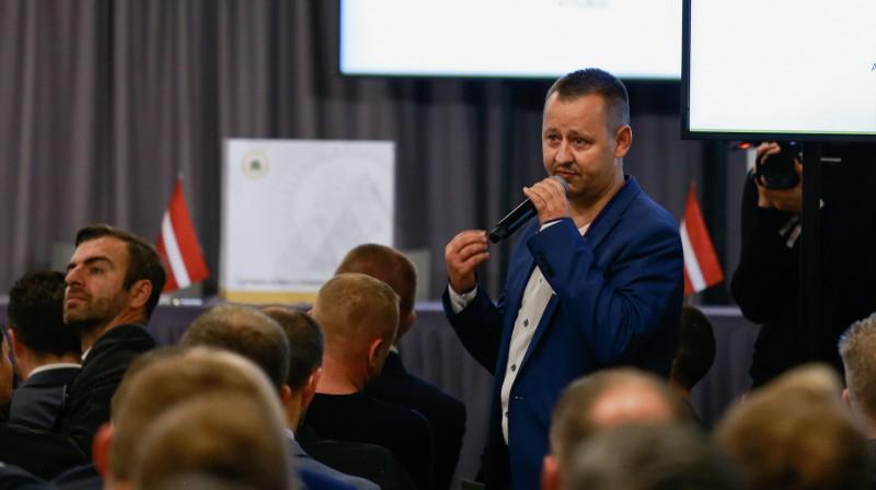 Valdes pašreizējais loceklis un valdes vēlēšanu potenciālais kandidāts Jānis Engelis. Foto: LFF