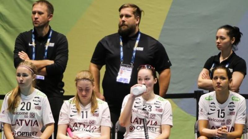 Jānis Inģists (centrā) Foto: Floorball.lv