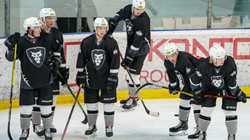 """HK """"Rīga"""" hokejisti. Foto: Raimonds Volonts, hkr.lv"""