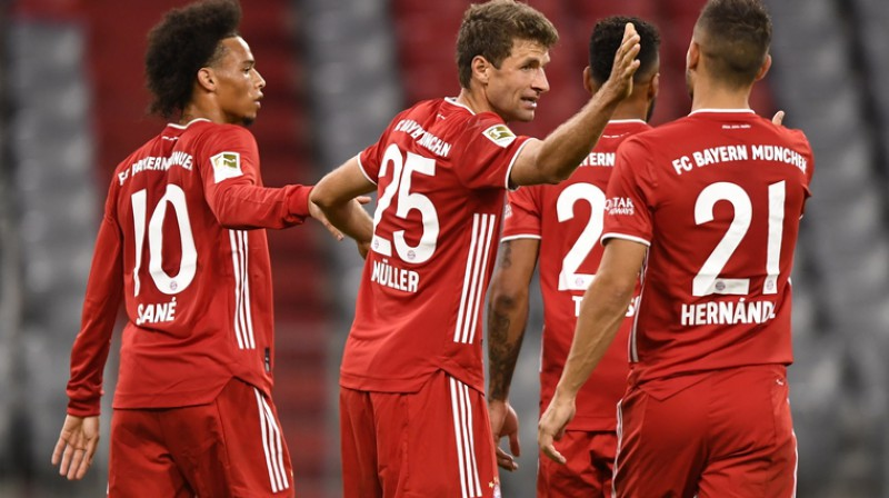 ''Bayern'' futbolisti svin kārtējo vārtu guvumu. Foto: EPA/Scanpix