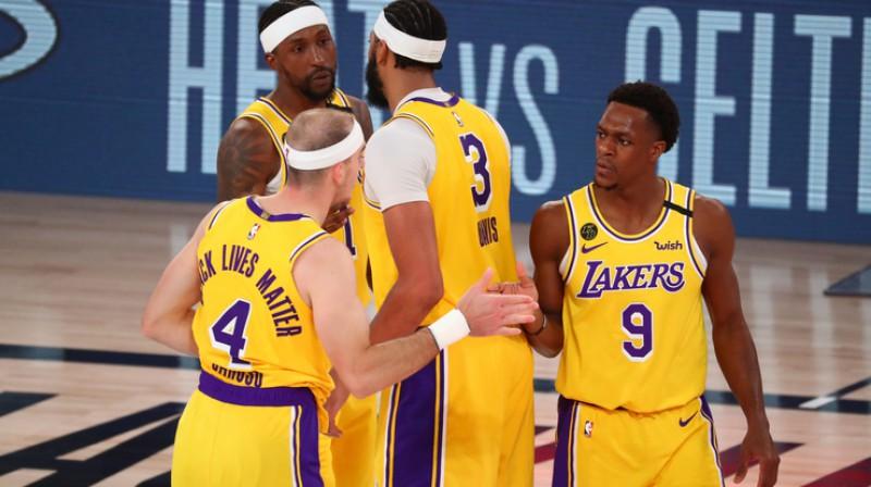 ''Lakers'' nonākuši viena soļa attālumā no fināla. Foto: USA Today/Scanpix
