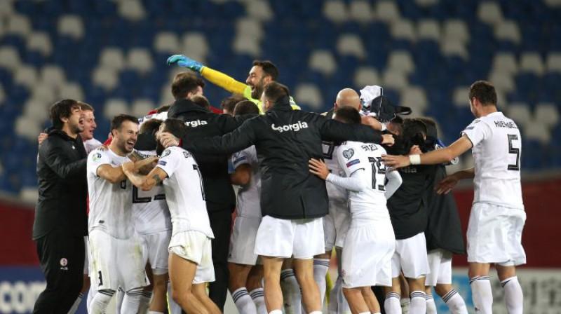 Gruzijas izlase svin uzvaru. Foto: Reuters/Scanpix