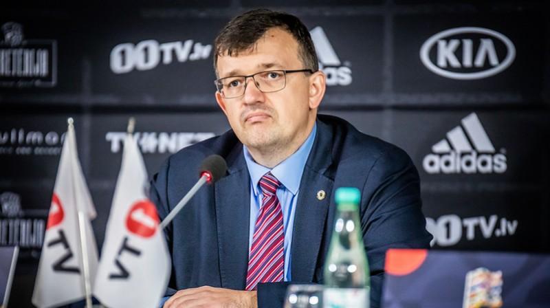Latvijas futbola izlases galvenais treneris Dainis Kazakevičs. Foto: LFF