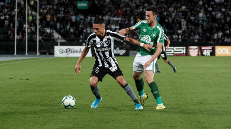"""Futbola kluba """"Botafogo"""" nu jau bijušais spēlētājs Lukas Kamposs. Foto: sportsdesk.com.mt"""