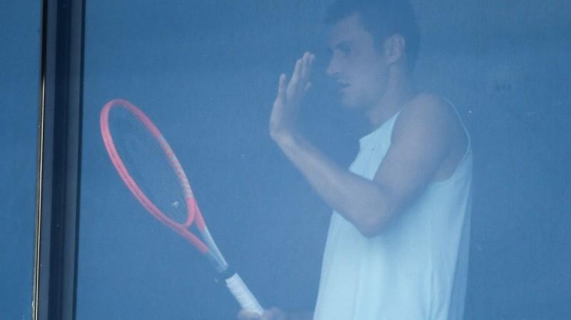 Bernardam Tomičam pašizolācija netraucē turpināt trenēties. Foto: AFP/Scanpix