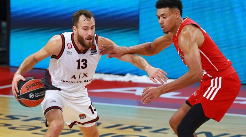 Serhio Rodrigezs (ar bumbu) pret Veidu Boldvinu. Foto: Imago Images/Lackovic