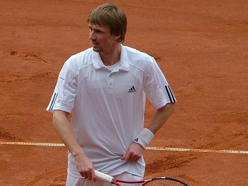 LČ tenisā: Juška pieveic M.Podžu, pusfinālā pret Viņķi