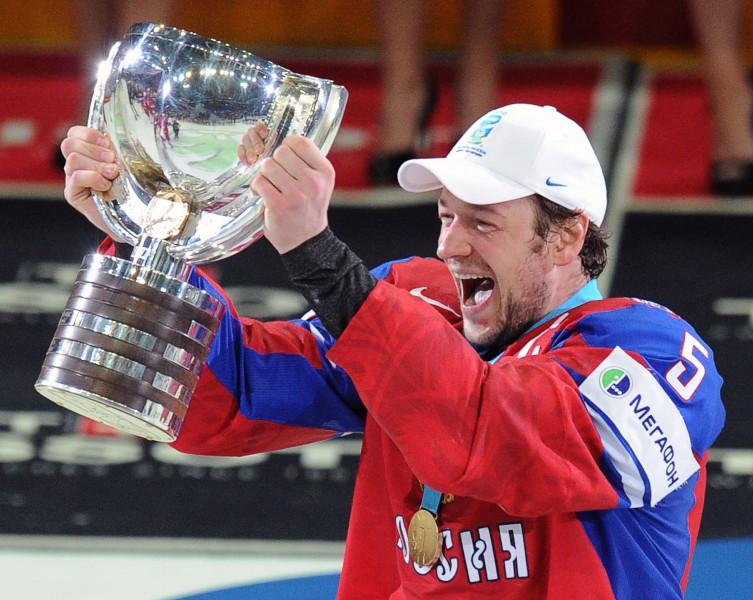 """Ņikuļins parakstījis līgumu ar Maskavas """"Dynamo"""""""