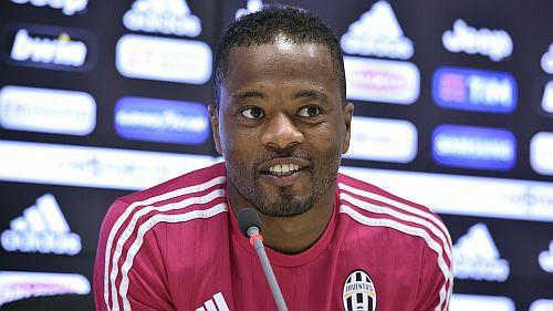 Evrā pagarinājis līgumu ar ''Juventus'', Rode pievienosies Dortmundei