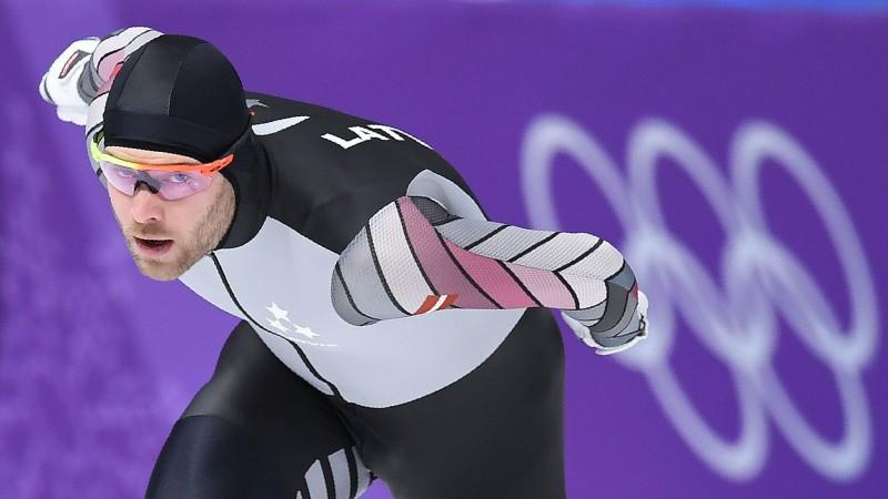 Patīkamus mirkļus sarūpējušais Silovs cīnīsies 1000 metros, hokejā noskaidros finālistus