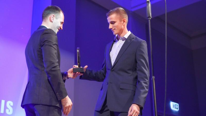 """Latvijas labākais vieglatlēts Leitis: """"Cerams, šī balva dos sponsoru uzmanību"""""""